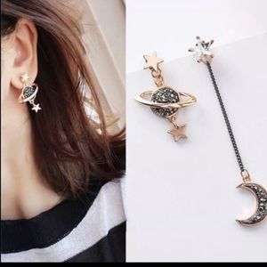 Jewelry - Moon 🌙 and  Star 🌟 Matching Trending Earrings